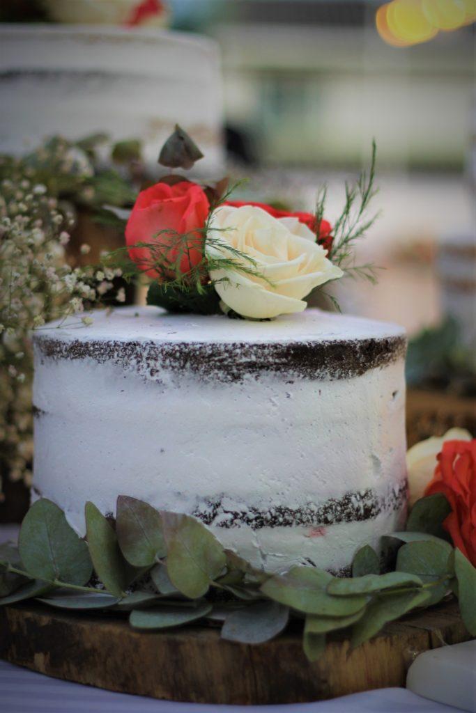 fotografía Santa Ana evento boda decoración recepción adorno Hotel Sahara pastel