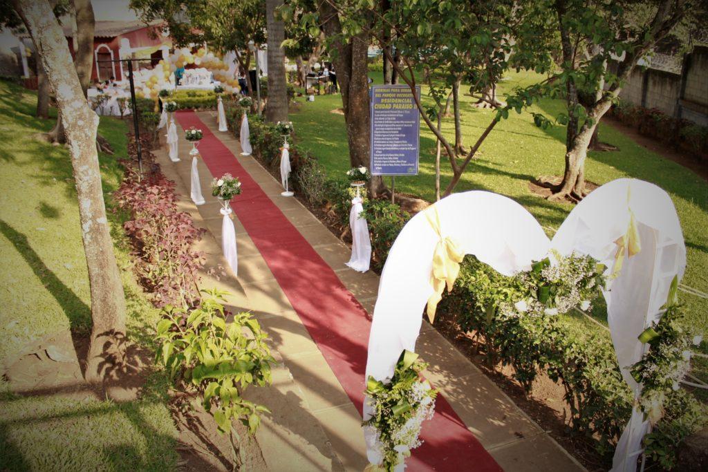 fotografía Santa Ana evento boda decoración adorno flores alfombra