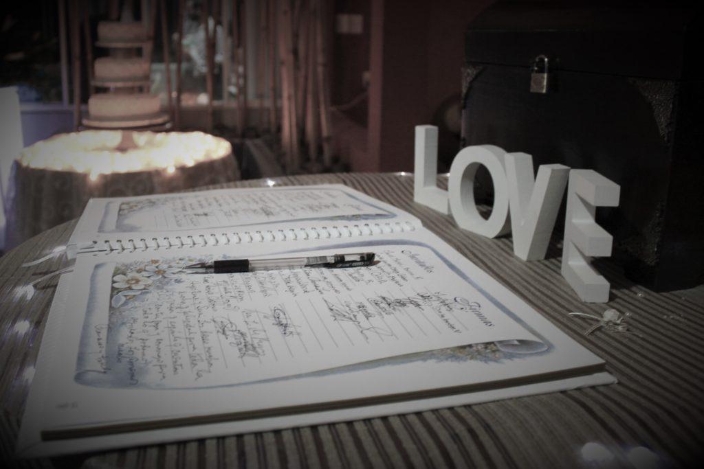 Libro de recuerdo de boda