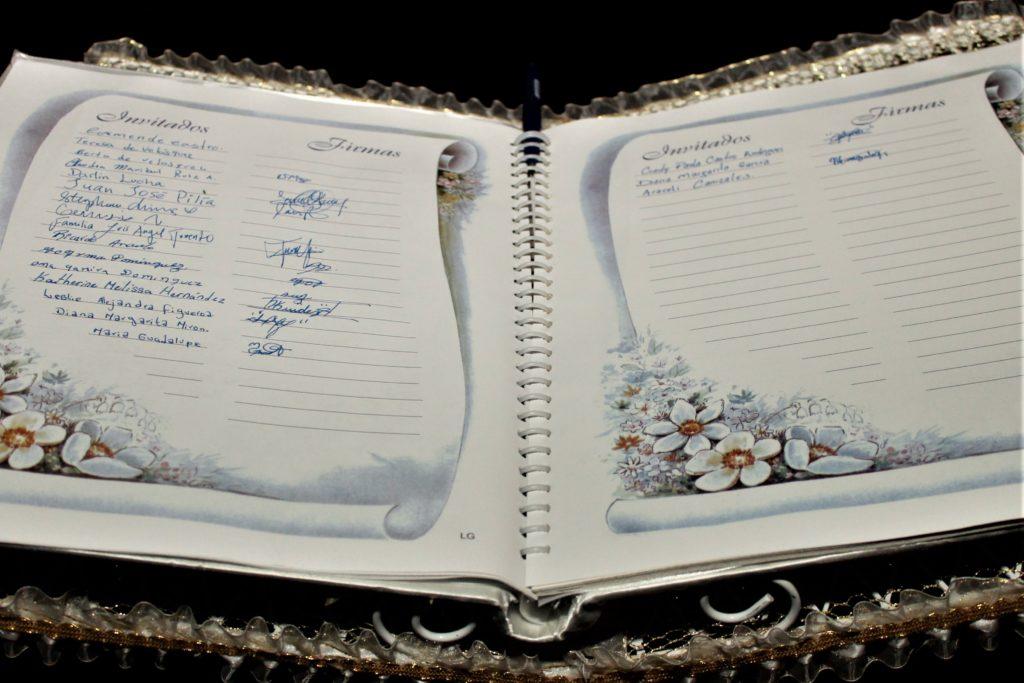 Libro de recuerdos de boda Santa Ana